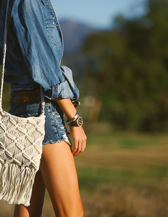 CHAMBRAY MEETS DENIM & A TOUCH OF FRINGE